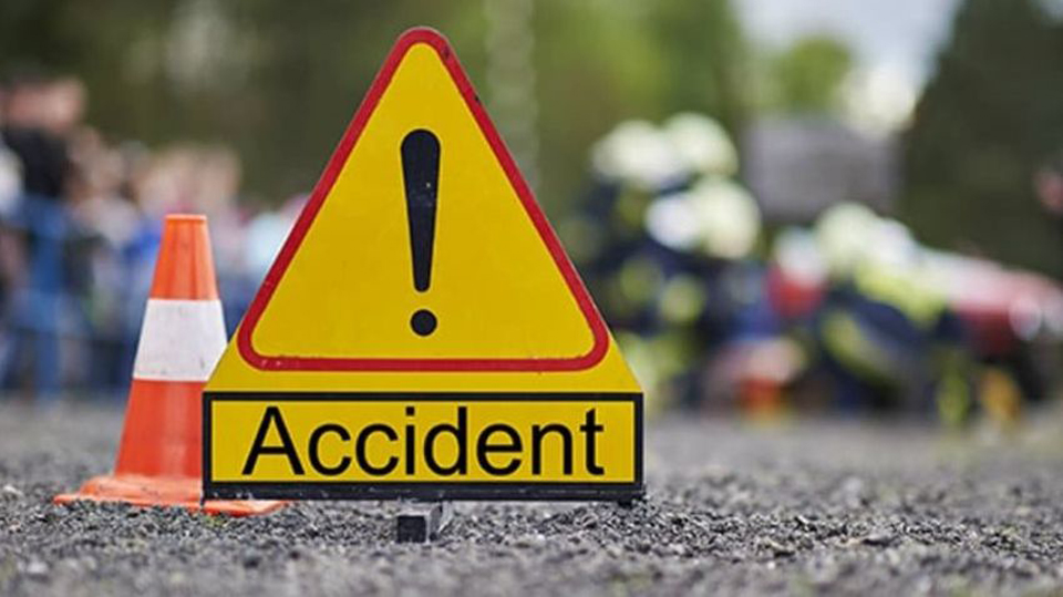 बारामा मोटरसाइकल दुर्घटनामा परी दुई कर्मचारीको मृत्यु