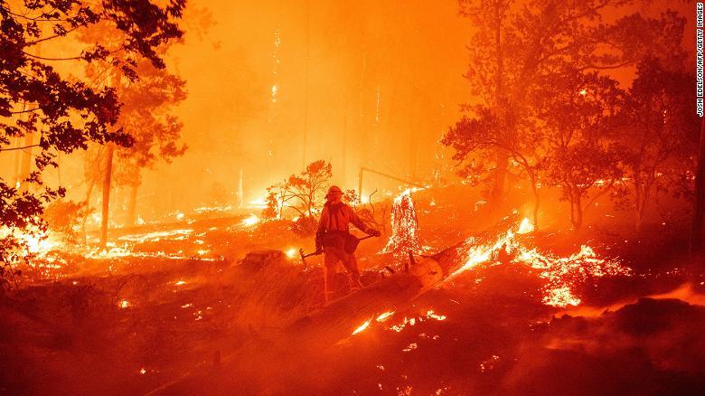 जुम्लाको तिलामा आगलागीबाट ३५ घर जलेर नष्ट
