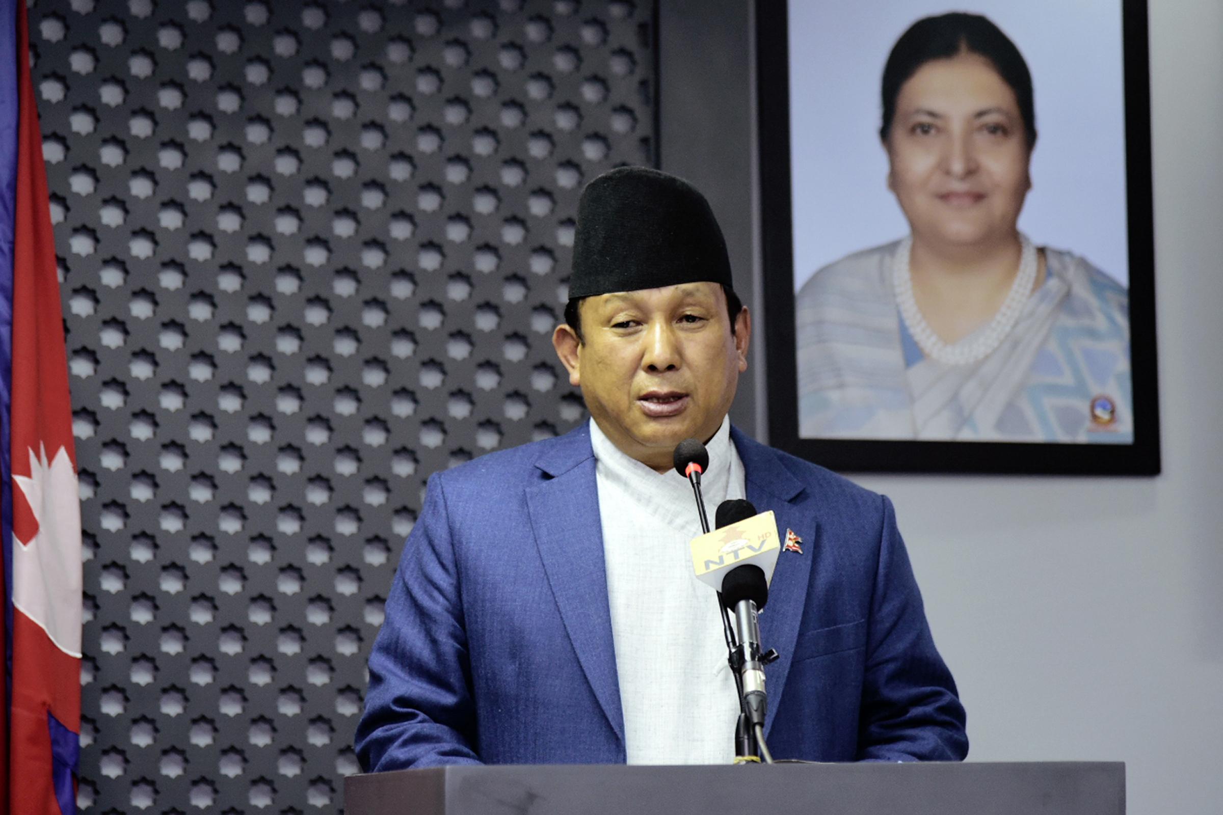 ताजा जनादेशमा जाने कुरा असंंवैधानिक हुनै सक्दैनः सञ्चारमन्त्री गुरुङ