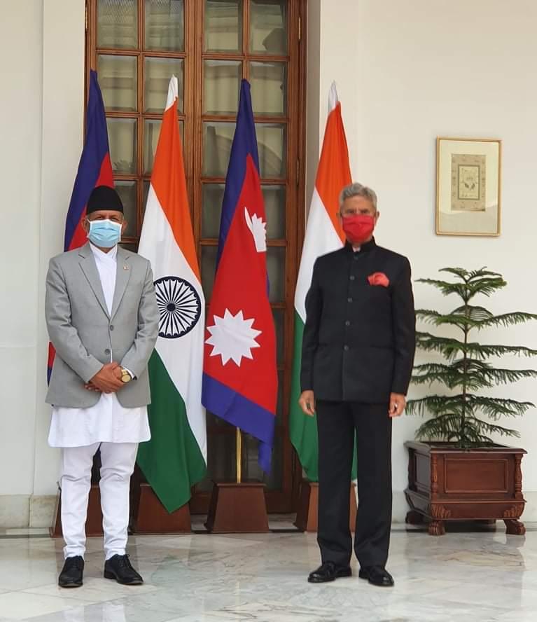 नेपाल र भारतका परराष्ट्रमन्त्रीबीच भेटवार्ता